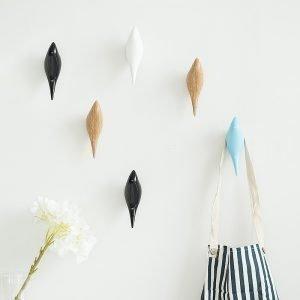 Creative-wall-hooks-bird-decoration-Resin-wood-grain-hooks-bedroom-door-after-animals-Hooks-3D-coat.jpg